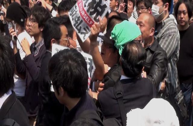 写真速報:「残業代ゼロ絶対反対!」~連合メーデー安倍首相 ...